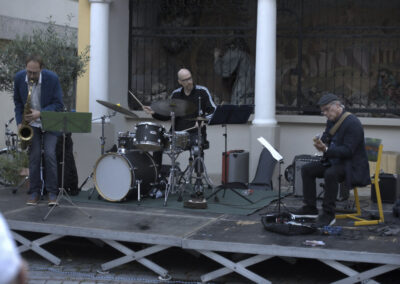 Criss Cross Trio